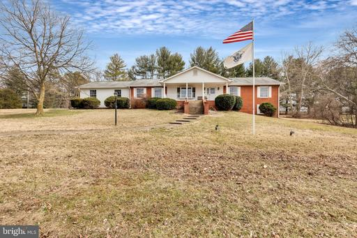 Property for sale at 8995 Rogues Rd, Warrenton,  Virginia 20187