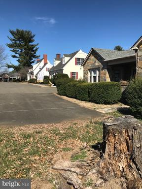 Property for sale at 201/197 Broadview Ave, Warrenton,  Virginia 20186