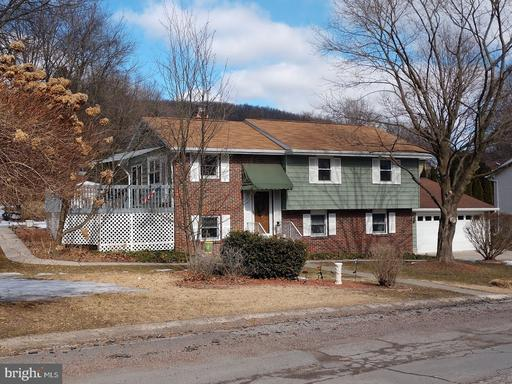 Property for sale at 214 Deerfield Dr, Pottsville,  Pennsylvania 17901