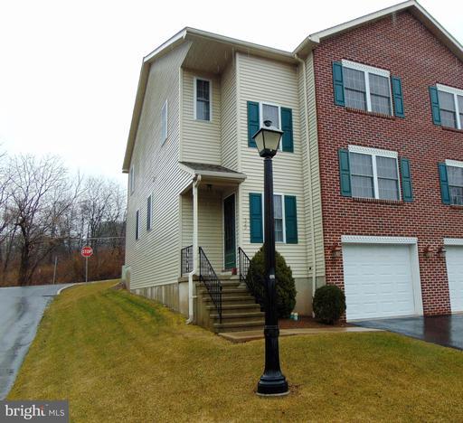 Property for sale at 529 Lantern Green Way, Orwigsburg,  Pennsylvania 17961