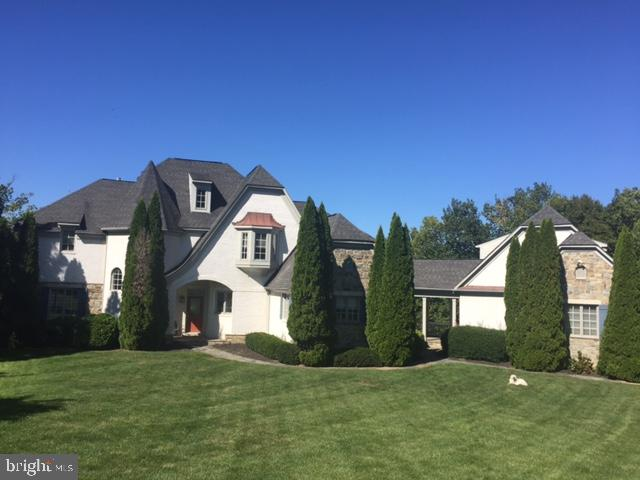 Owner offering beautiful custom built home located on Trump National Golf Course and private cul-de-sac. Situated on almost 1 acre with pool and privacy woods. Detached garage with in-law suite and breezeway with custom wrap around deck. Short distance to Great Falls Park and Potomac River for recreation and dog exercise.