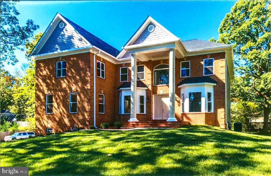 Beautiful, Over 6000 Sf,  Colonial 7 BR & 5.5 Bath, Master BR on Main Level & Upper level, 3 Car Garages**UNDER NEW CONSTRUCTION***Will be Ready By End Of May 2019****