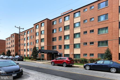 Property for sale at 1200 S Arlington Ridge Rd #406, Arlington,  Virginia 22202