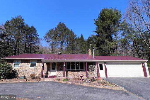 Property for sale at 1018 Woodland Dr, Pottsville,  Pennsylvania 17901