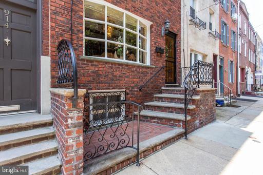 Property for sale at 916 Montrose St, Philadelphia,  Pennsylvania 19147