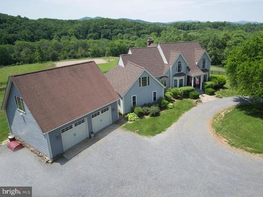 Property for sale at 9393 Briar Ln, Delaplane,  Virginia 20144