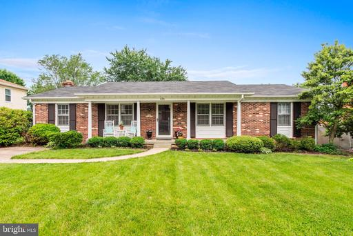 Property for sale at 126 Maryanne Ave Sw, Leesburg,  Virginia 20175