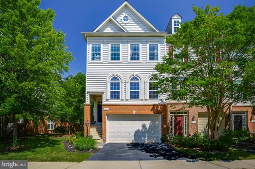 Property for sale at 24700 Geyser Peaks Sq, Aldie,  Virginia 20105
