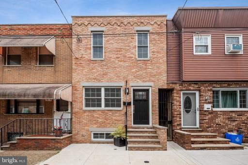 Property for sale at 1917 S Iseminger St, Philadelphia,  Pennsylvania 19148