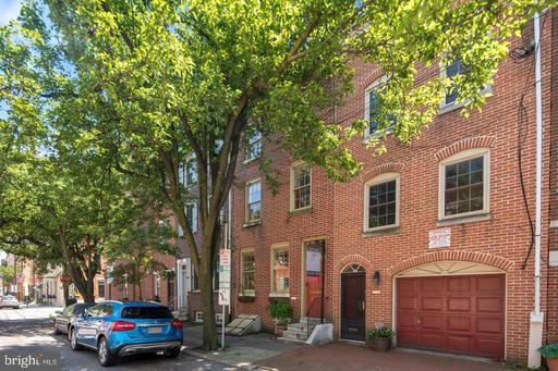 Property for sale at 306 Queen St, Philadelphia,  Pennsylvania 19147