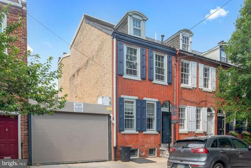 Property for sale at 321-323 Queen St, Philadelphia,  Pennsylvania 19147