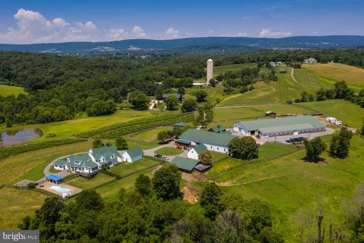 Property for sale at 18050 Tranquility Rd, Purcellville,  Virginia 20132