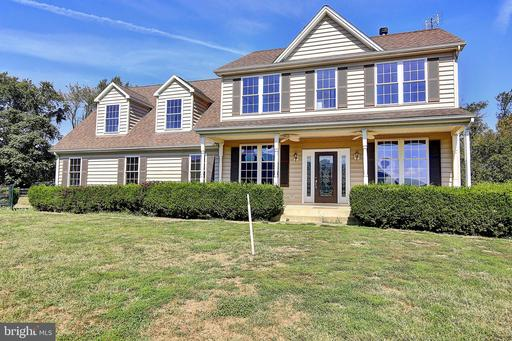 Property for sale at 37958 Long Ln, Lovettsville,  Virginia 20180