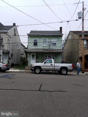 Property for sale at 237 N Mill St, Saint Clair,  Pennsylvania 17970