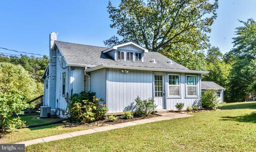 Property for sale at 34576 Charles Town Pike, Purcellville,  Virginia 20132