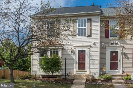Property for sale at 241 Shirley Sq Se, Leesburg,  Virginia 20175