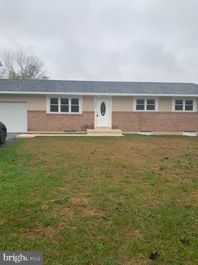 Property for sale at 1045 Summer Valley Rd, New Ringgold,  Pennsylvania 17960