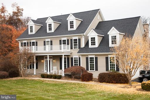 Property for sale at 18191 Turnberry Dr, Round Hill,  Virginia 20141