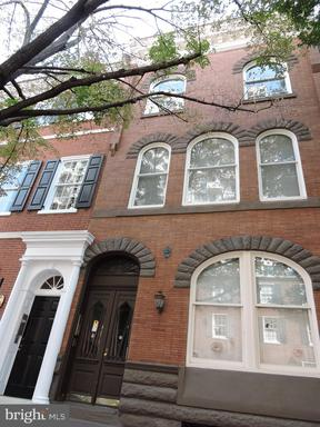 Property for sale at 630 Spruce St #3R, Philadelphia,  Pennsylvania 19106