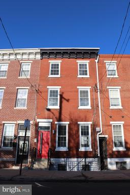 Property for sale at 343 Christian St #2nd Floor, Philadelphia,  Pennsylvania 19147