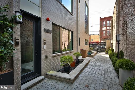 Property for sale at 519 Bainbridge St #B1, Philadelphia,  Pennsylvania 19147