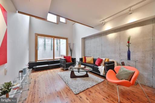 Property for sale at 743 S Chadwick St, Philadelphia,  Pennsylvania 1