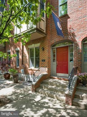 Property for sale at 611-B Catharine St #B, Philadelphia,  Pennsylvania 19147