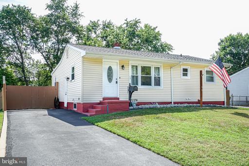 Property for sale at 15 Holden Dr, New Castle,  Delaware 19720