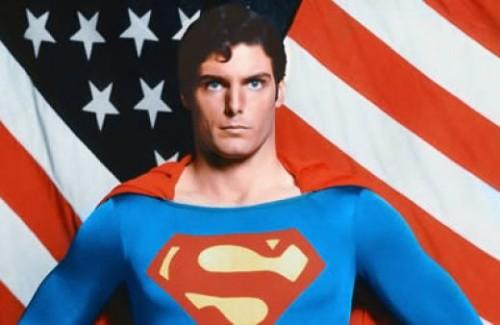 Superman_iconic_pose