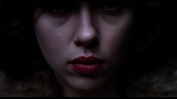 under-the-skin-the-hidden-lens-featurette-hd