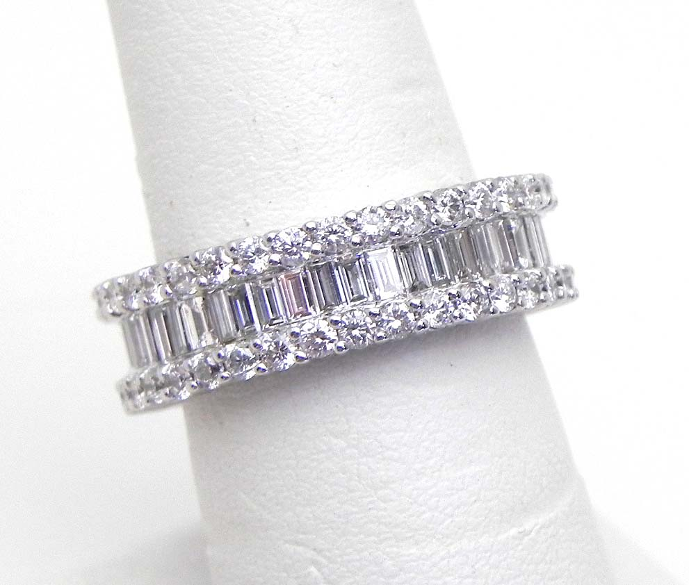 Ladies 18k W Gold 3 18 Cts Round Amp Baguette Diamonds Eternity Band Ring 6 3 4 Bright Jewelers