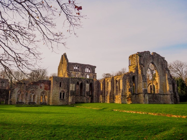 Netley Abbey in Southampton, Hampshire