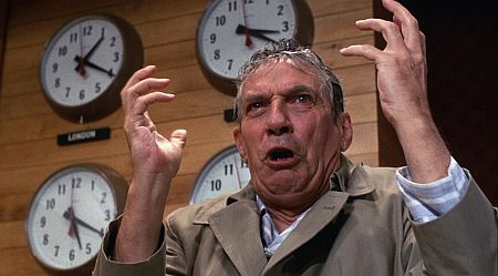 Peter Finch as Howard Beale