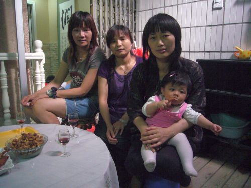 <em>One Nation, Two Cities</em> (2011) documents the travails of a single mother from Hong Kong.