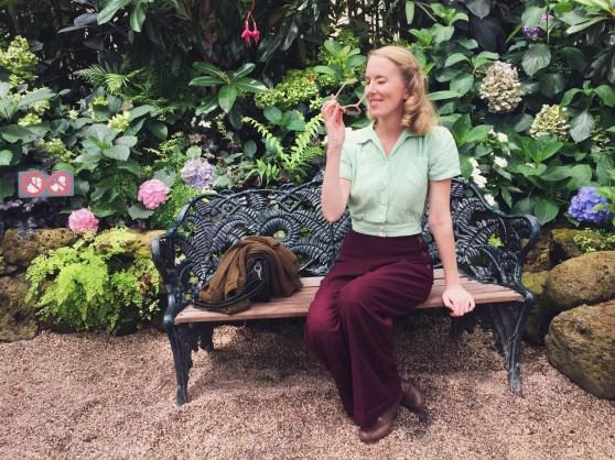 Trousers: Vivien of Holloway / Blouse: Freddies of Pinewood