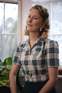 Vintage Style Blog: reproduction 1940s work blouse and 1930s pleated sport shorts from The House of Foxy, C-hoop earrings from Bow and Crossbones