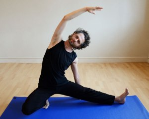 Vidyadasa Yoga side bend