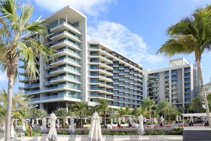 grand cayman incentive travel hotel