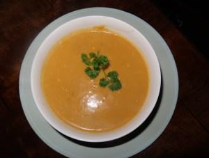finished-butternut-soup-bowl