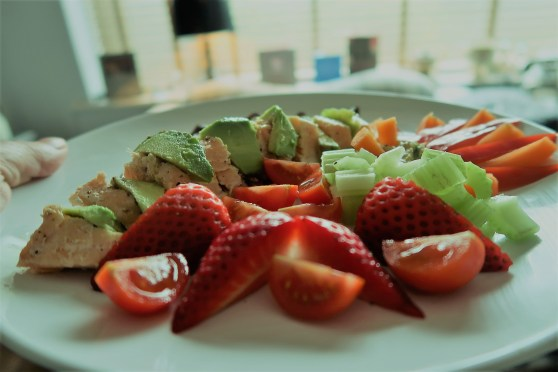 Salmon-Salad-Avocado-Strawberry