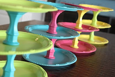 Put Your Party on a Pedestal: Cake Stands (5/6)
