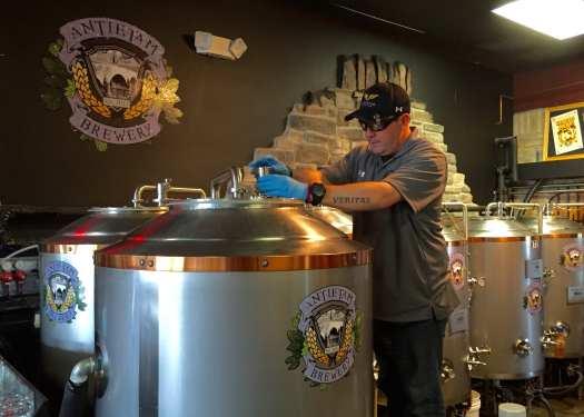 Brewmaster Dan Maerzluft at work in Antietam Brewery.