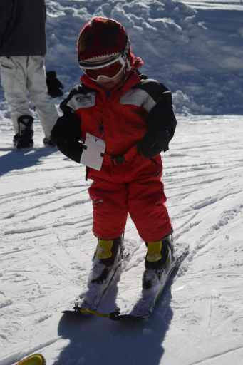 skiing with an edgie wedgie