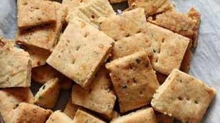 Pizza Crackers Recipe (Whole Wheat)