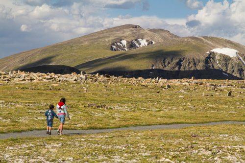 hiking with kids in RMNP