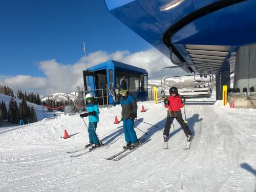 kids skiing solitude