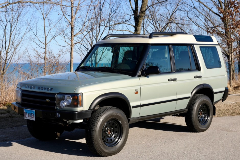 No Reserve 2004 Land Rover Discovery Ii Se For Sale On Bat Auctions Sold For 18 805 On April 6 2020 Lot 29 795 Bring A Trailer