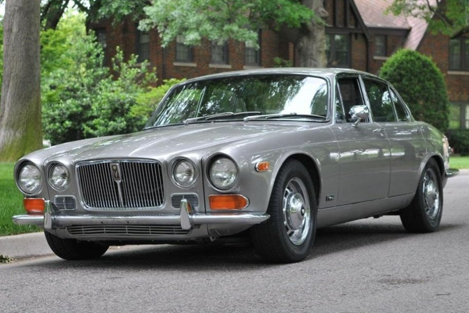 1973 Jaguar XJ12 5-Speed