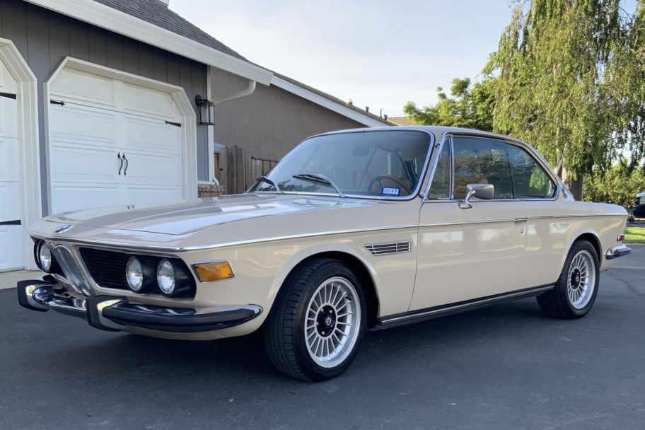 1971 BMW 2800CS 3.2L 5-Speed
