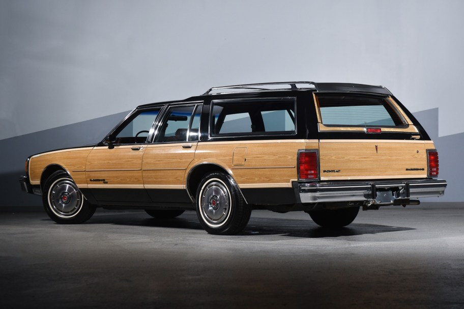 1986 Pontiac Parisienne Safari Wagon